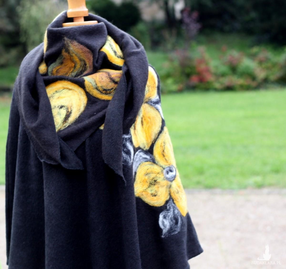 czarne damskie poncho filcowane