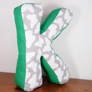Poduszka duża literka K 40 cm