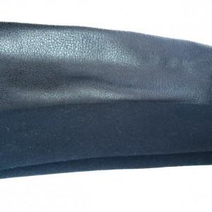 czarna skóropodobna sportowa opaska na włosy
