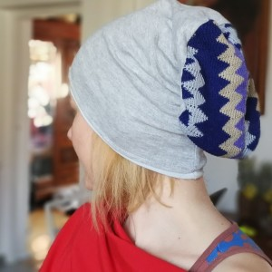 czapka miękka dzianina szara ze wzorem