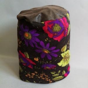 kwiatowa ciepła czapka damska smerfetka handmade