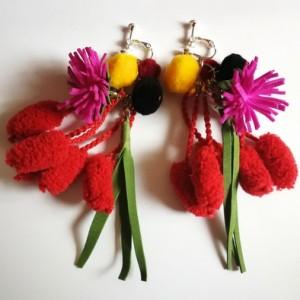 klipsy etno boho kwiaty pompony lekkie