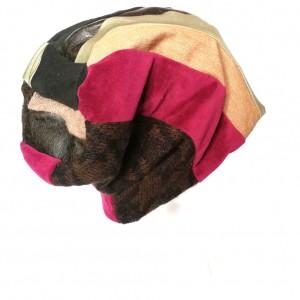 czapka damska szyta patchworkowo handmade-box 44- nic nie wskórasz gdy komóra bliższa sercu niż twa córa