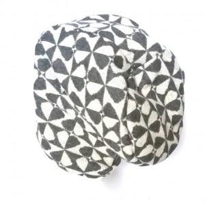 szara czapka ciepła miękka wzory boho handmade
