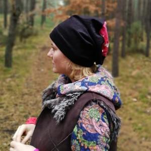 czapka damska czarna żakardowa góra dzianina