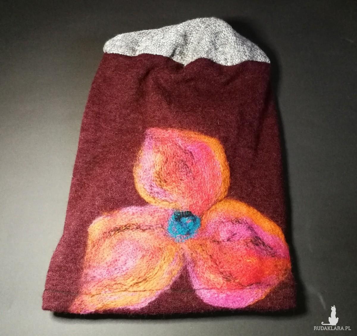 czapka wełniana filcowana bordowa zimowa
