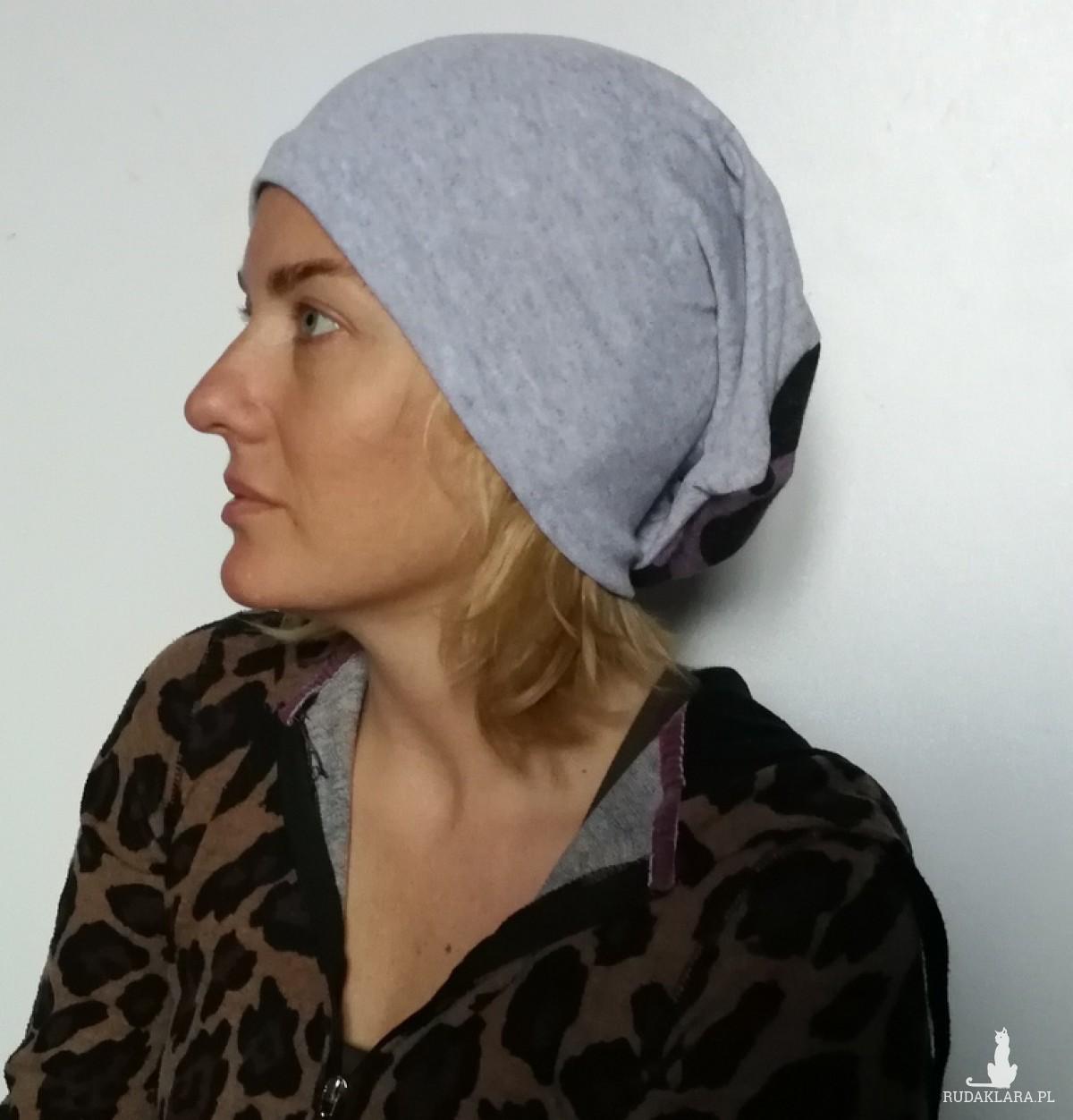 czapka damska dzianinowa szara sportowa
