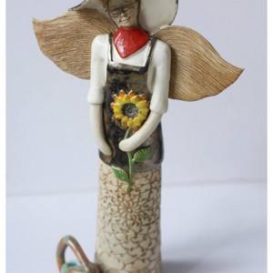 Anioł ogrodniczka z konewką
