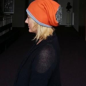 czapka pomarańczowa damska charakter sportowy handmade