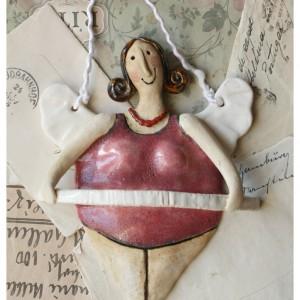 Aniołek baletnica o brązowych włosach