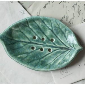 Mydelniczka zielony listek