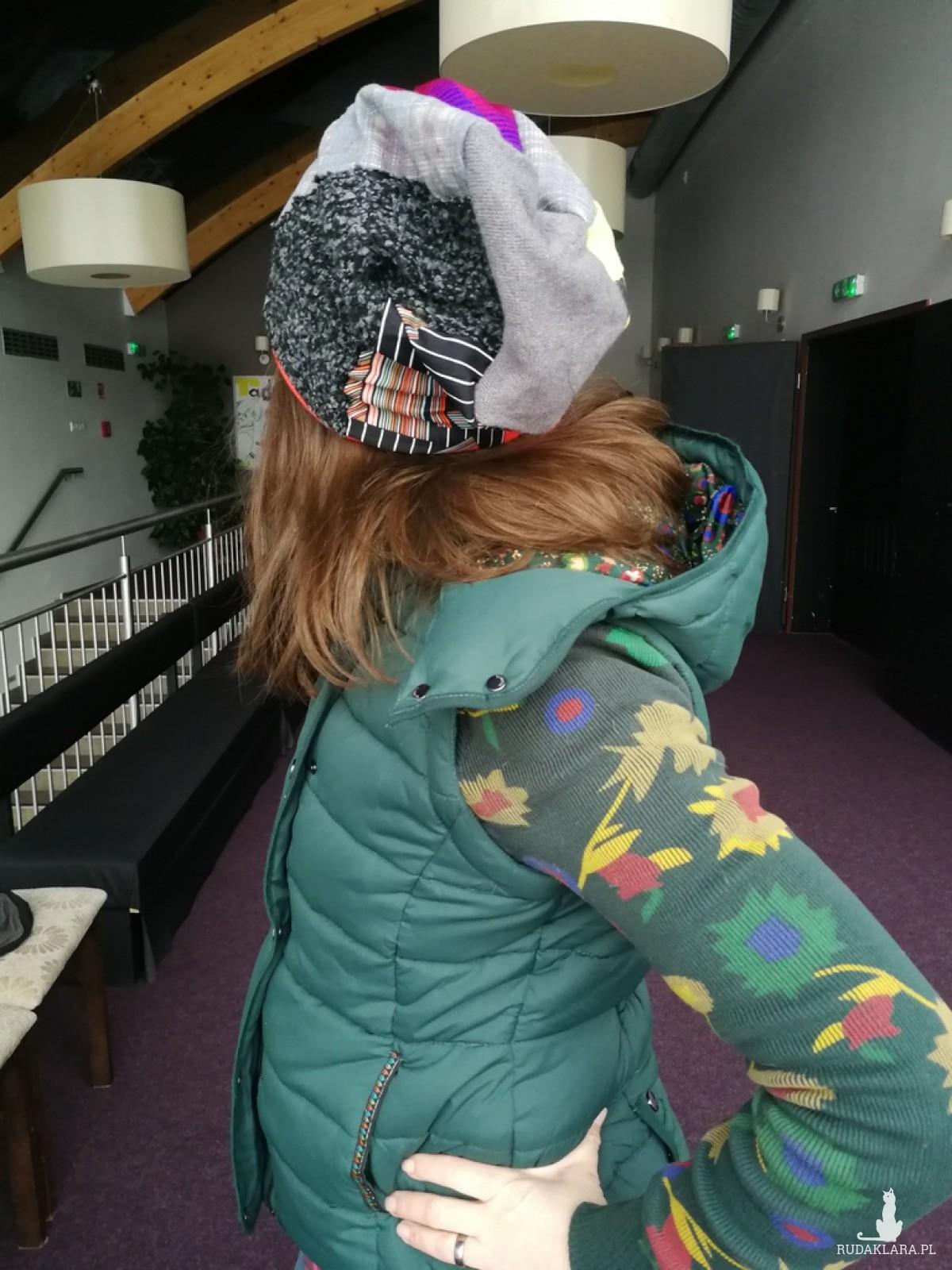 czapka damska patchworkowa kolorowa ciepła