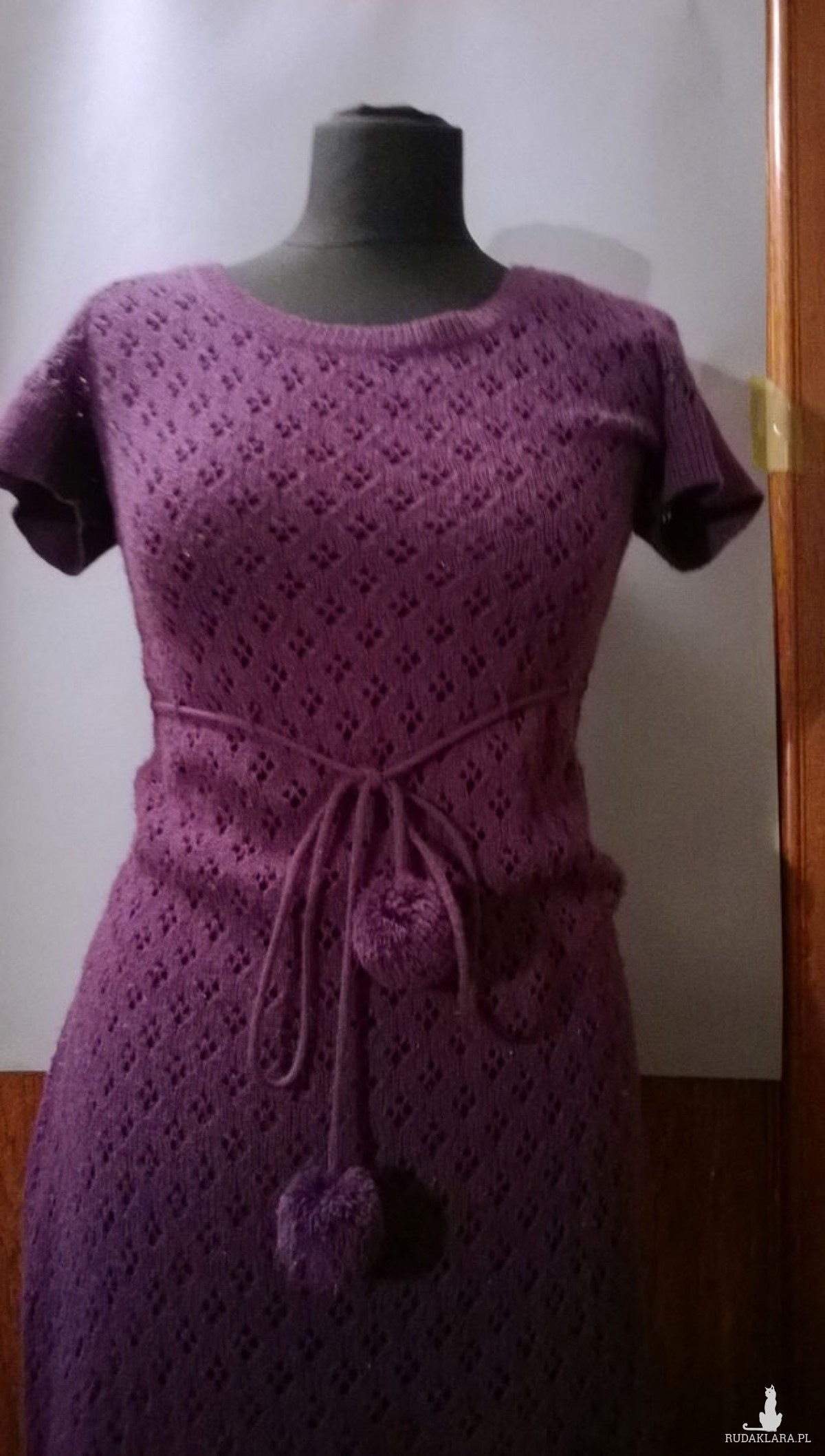 ażurowy fioletowy długi  sweter