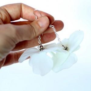 kolczyki kwiatowe białe ślubne