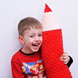 Kredka minky, poduszka dla dziecka, zagłówek dla dziecka, miękka kredka, duża kredka, czerwona