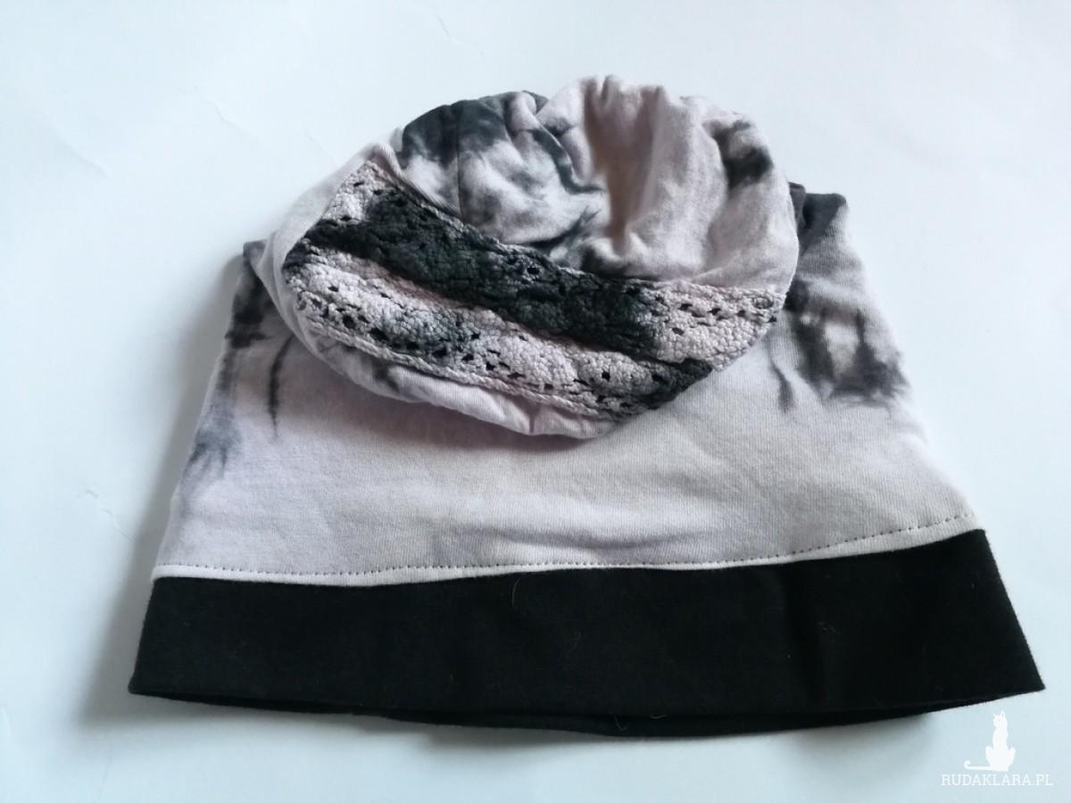 czapka dziecięca dzianina bawełniana recznie farbowana na podszewce