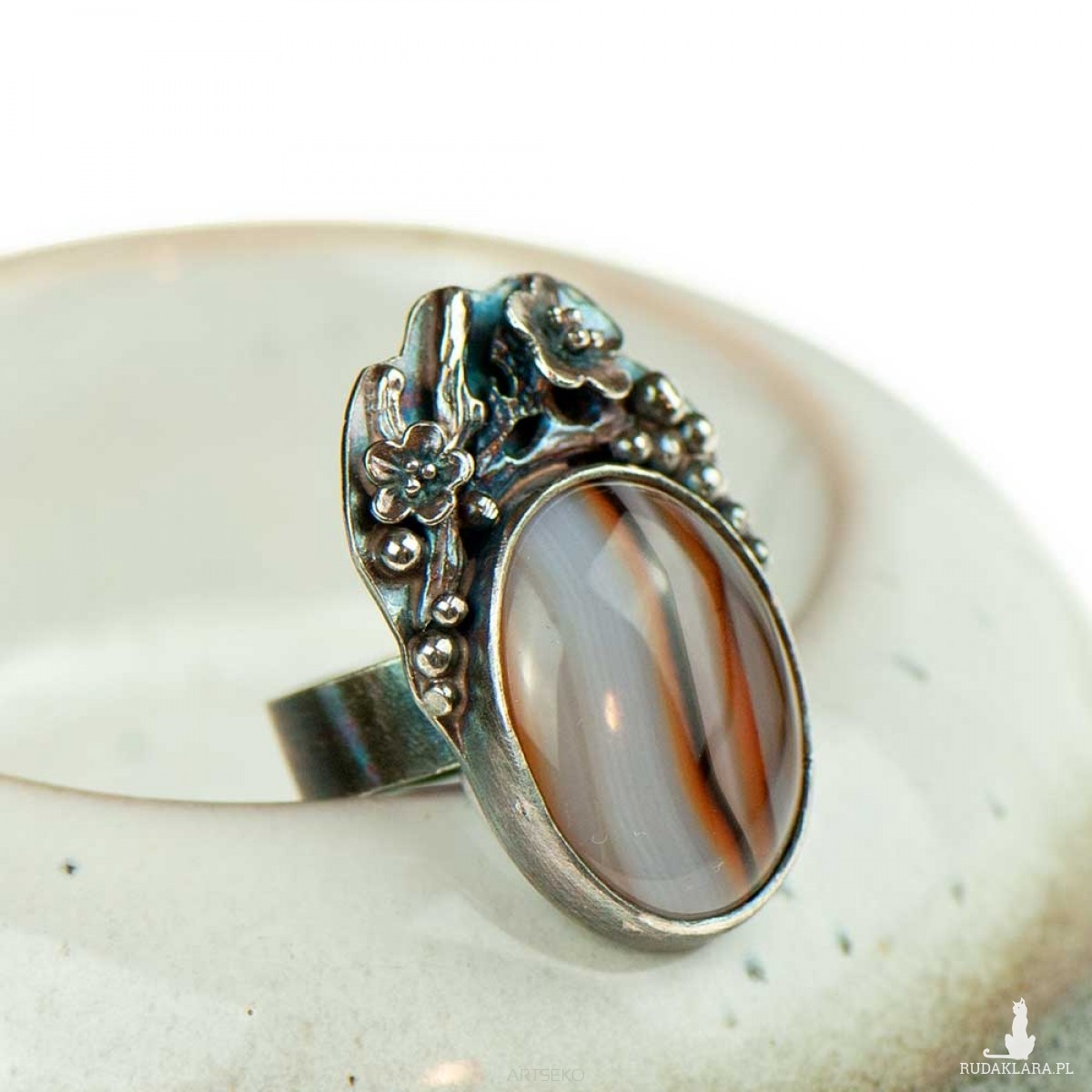 Pierścionek srebrny z agatem a716