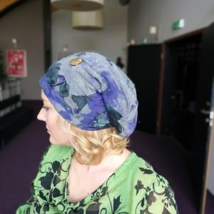 czapka damska wiosenna dzianina w kwiaty