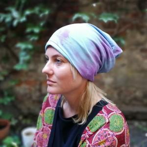czapka dzianinowa wiosenna farbowana ręcznie