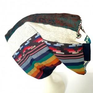 czapka szyta patchworkowa kolorowa na podszewce- box a1- dziewczę ciało eksponowało, nic by się nie stało ,gdyby przestało ,gdyż powierzchni było niemało