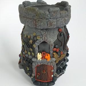 "Miniaturowy domek ""Zamek Wampira"
