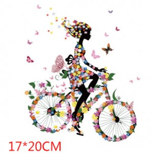 Naklejka naprasowanka na bluzkę dziewczynka na rowerze