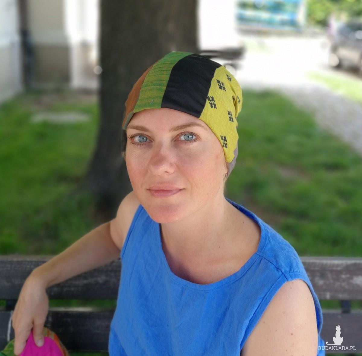 czapka damska na podszewce szyta patchworkowo