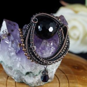 Miedziany wisior z fasetowaną kulką onyksu oraz z kryształem, wisior dla niej, prezent dla kobiety, biżuteria ręcznie robiona, wire wrapped