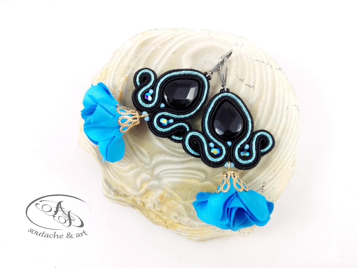 Kolczyki sutasz Flowers czarno-niebieskie