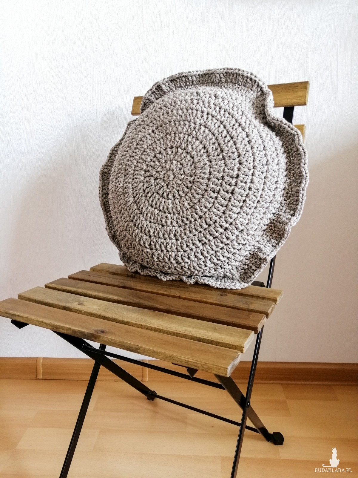 Poduszka dekoracyjna,poduszka okrągła.