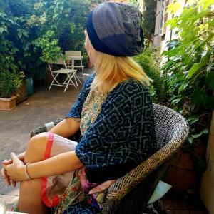 czapka damska dziewczęca patchworkowa kolorowa boho- box 44- wiecznie zdziwiona wypełniaczem obłozona