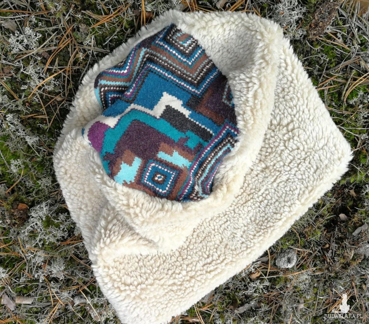czapka damska sztuczny mis zimowy bezowy