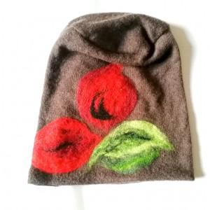 czapka wełniana filcowana brązowa zimowa handmade w kwiaty na podszewce