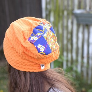 czapka krótka pomarańczowa damska