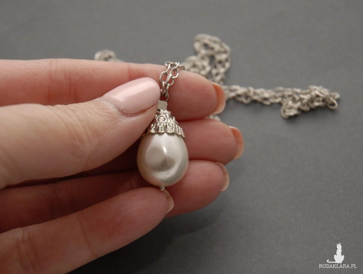 wisiorek z perłą seashell