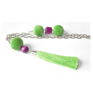 3969 długi naszyjnik z zielonym chwostem