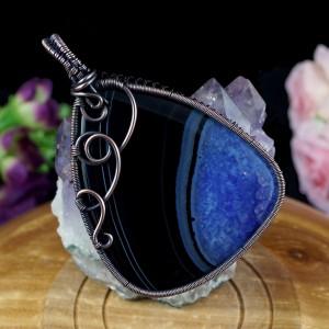 Niebieski agat Miedziany wisior z agatem, ręcznie wykonany, prezent dla niej, prezent dla mamy, prezent urodzinowy niepowtarzalna biżuteria