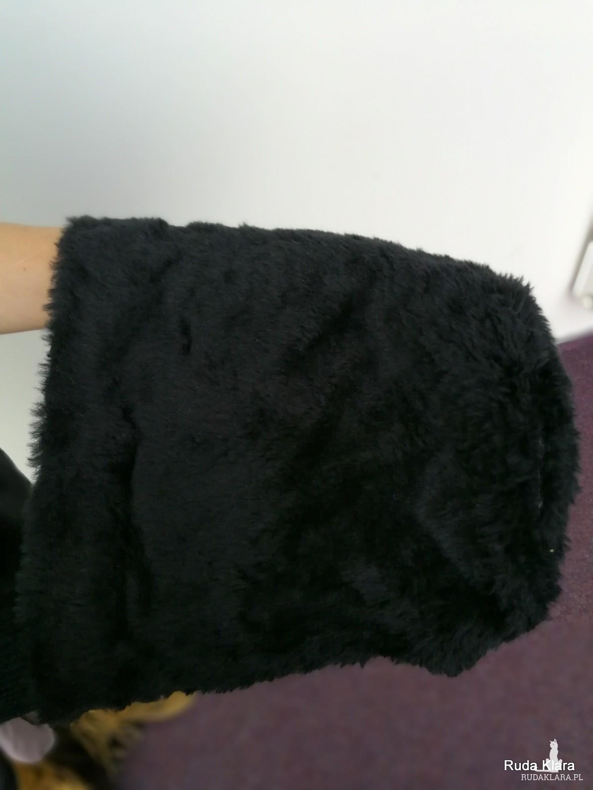 czapka damska czarna futrzana niski włos