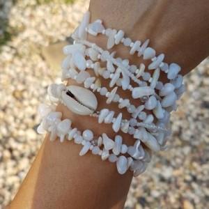 bra19-100 Bransoletka BohoMix, muszle,perły,masa perłowa,