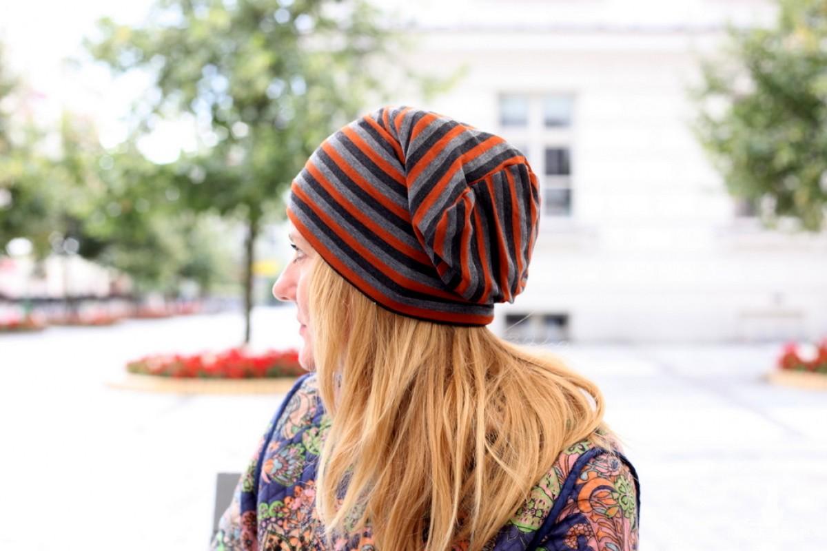 czapka damska w paski
