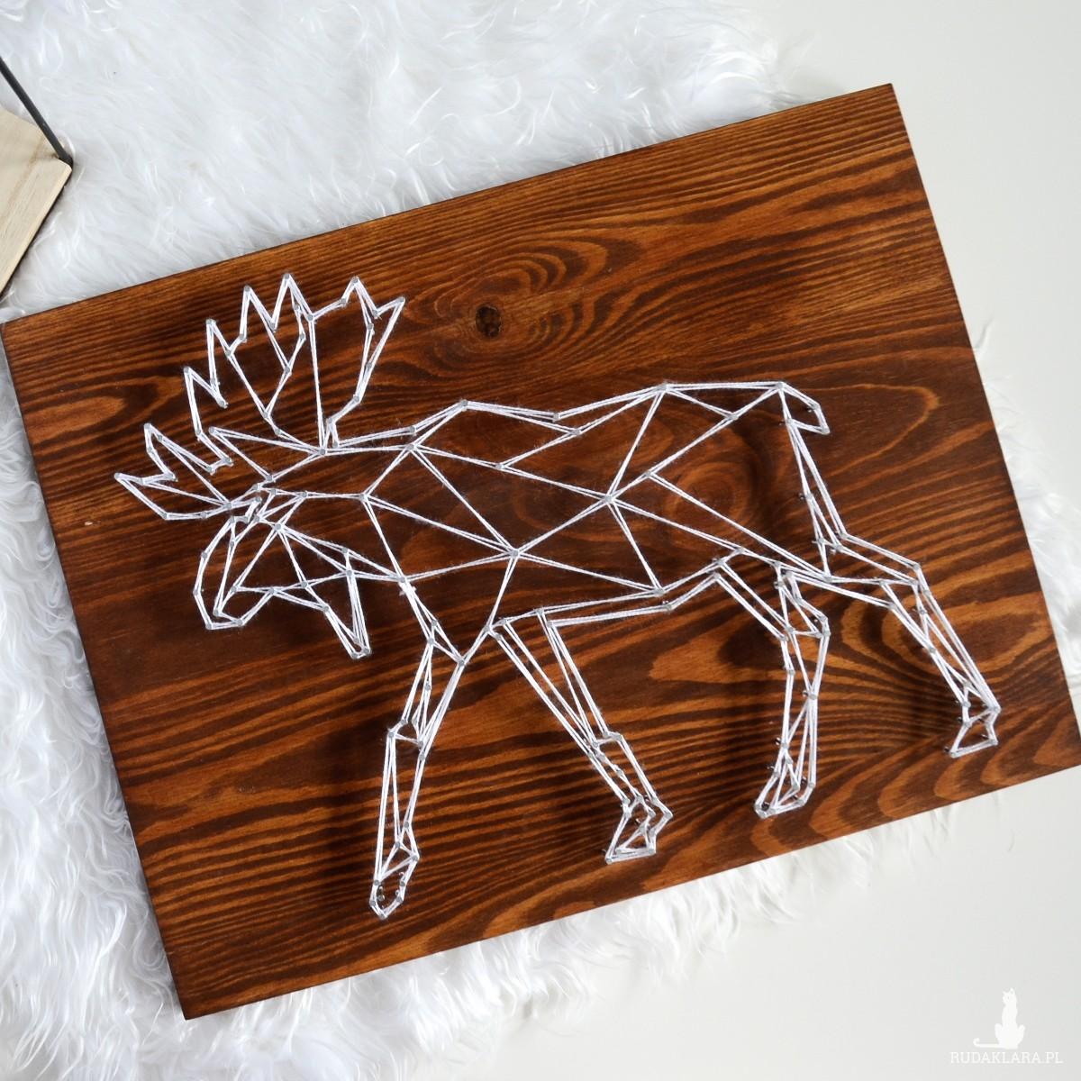 Obraz Skandynawski łoś, jeleń, renifer geometryczny, Ciemne drewno, Naturalne drewno, Sosna String Art