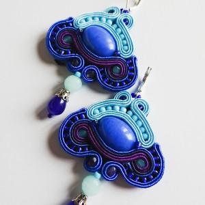 Niebieskie kolczyki z jadeitem z dodatkiem fioletu
