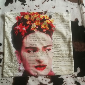 poszewka na poduszkę z Frida Kahlo