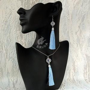 Błękitny komplet biżuterii chainmaille z chwostami