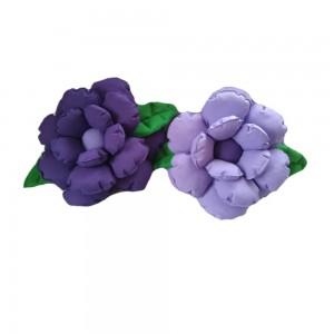 Komplet poduszek ozdobnych kwiaty jasny i ciemny fiolet