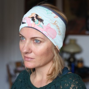 opaska damska sportowa we flamingi