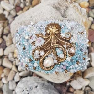 Bransoletka z pereł, poławiaczka pereł, perły hodowlane,