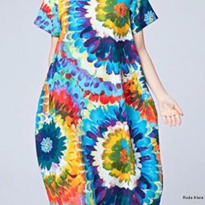 kolorowa sukienka we wzory boho