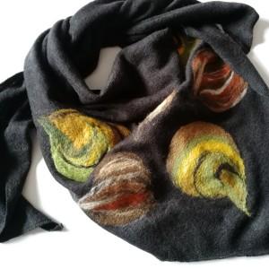 czarna chusta handmade wełniana