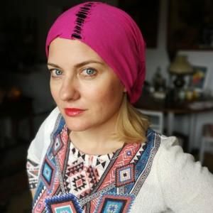 czapka smerfetka wiosenna różowo- czarna